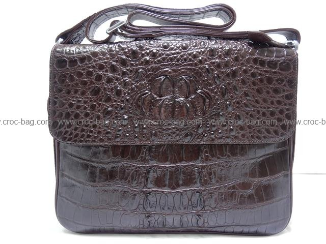 กระเป๋าสะพายหนังจระเข้สำหรับคุณผู้ชาย 097а