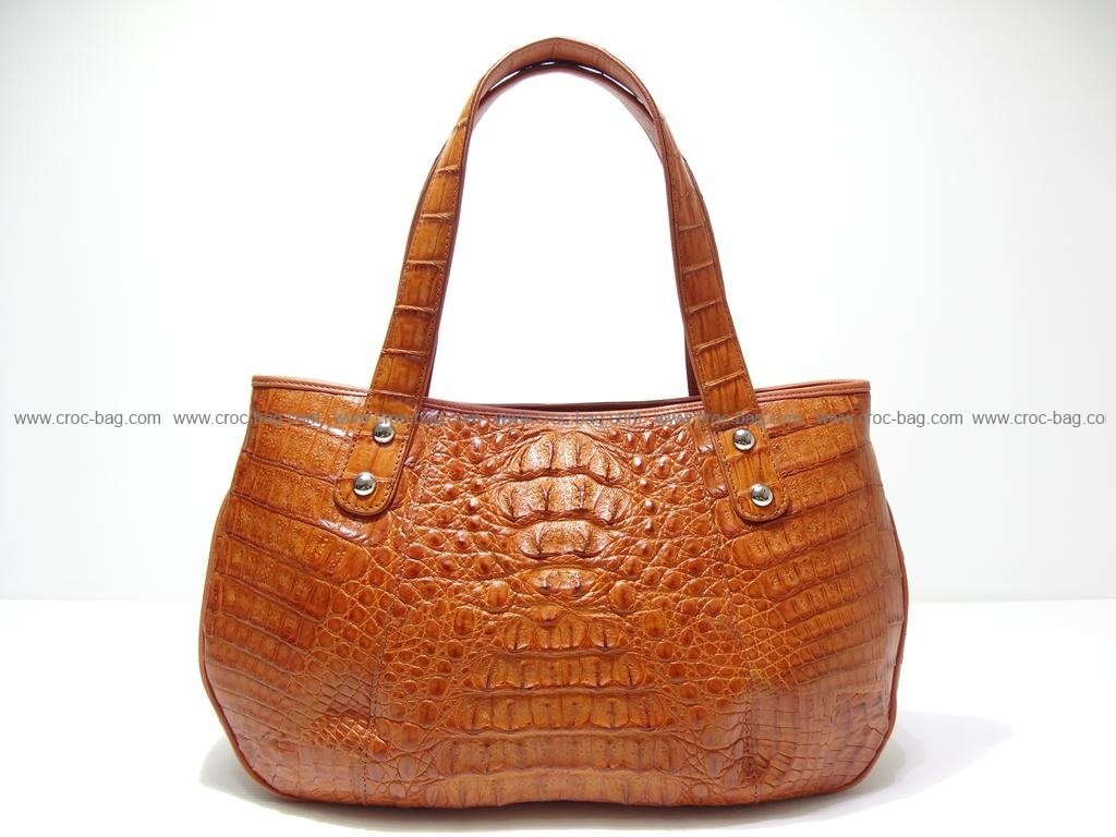 กระเป๋าถือหนังจระเข้สำหรับคุณผู้หญิง 2413