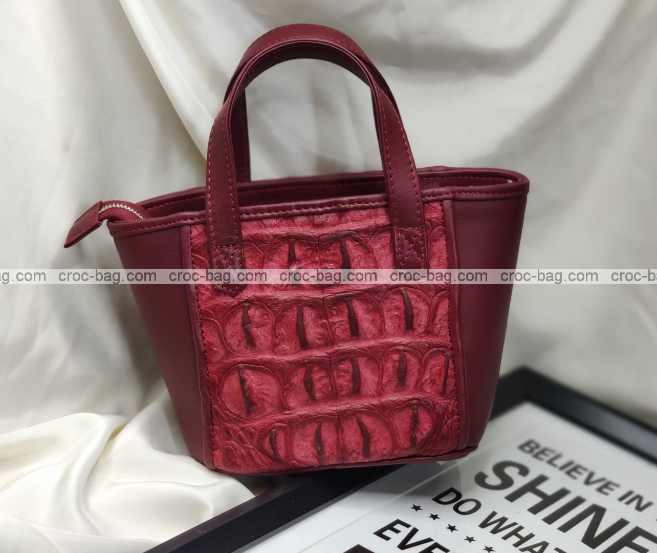 กระเป๋าหนังจระเข้สำหรับผู้หญิง 5466