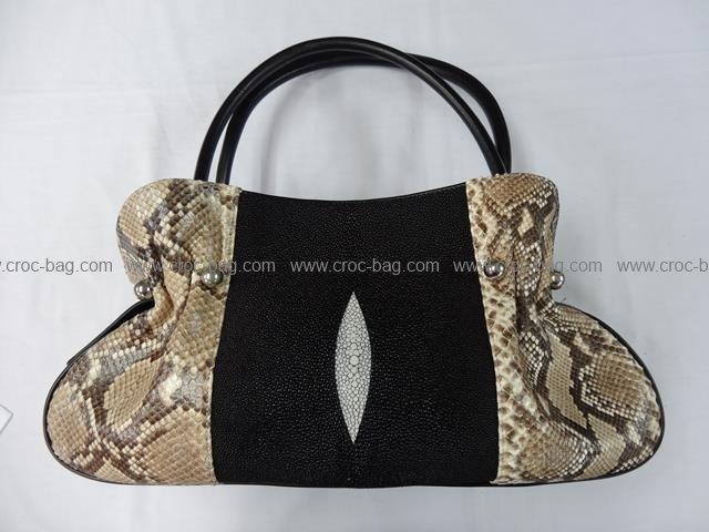 กระเป๋าถือหนังปลากระเบนคละกับหนังงู 665