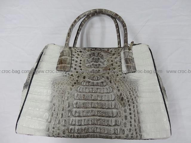 กระเป๋าถือหนังจระเข้สำหรับคุณผู้หญิง 770