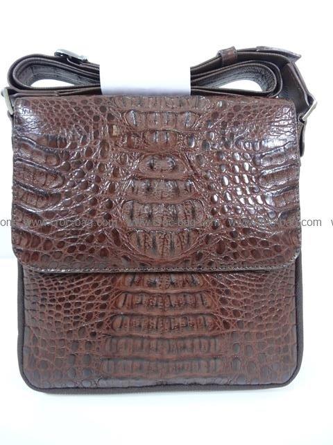 กระเป๋าสะพายหนังจระเข้ผู้ชาย 1507