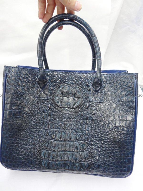 กระเป๋าถือหนังจระเข้สำหรับคุณผู้หญิง 477b