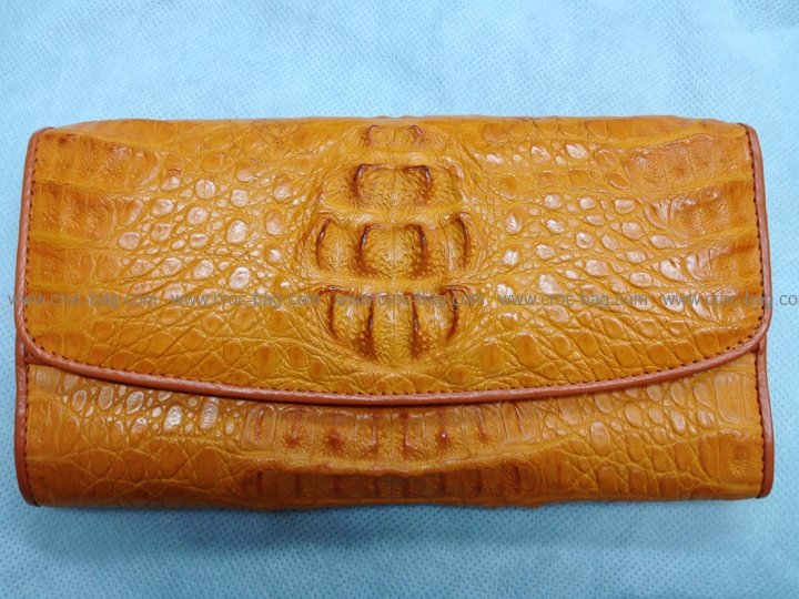กระเป๋าสตางค์หนังจระเข้สำหรับคุณผู้หญิง 388b